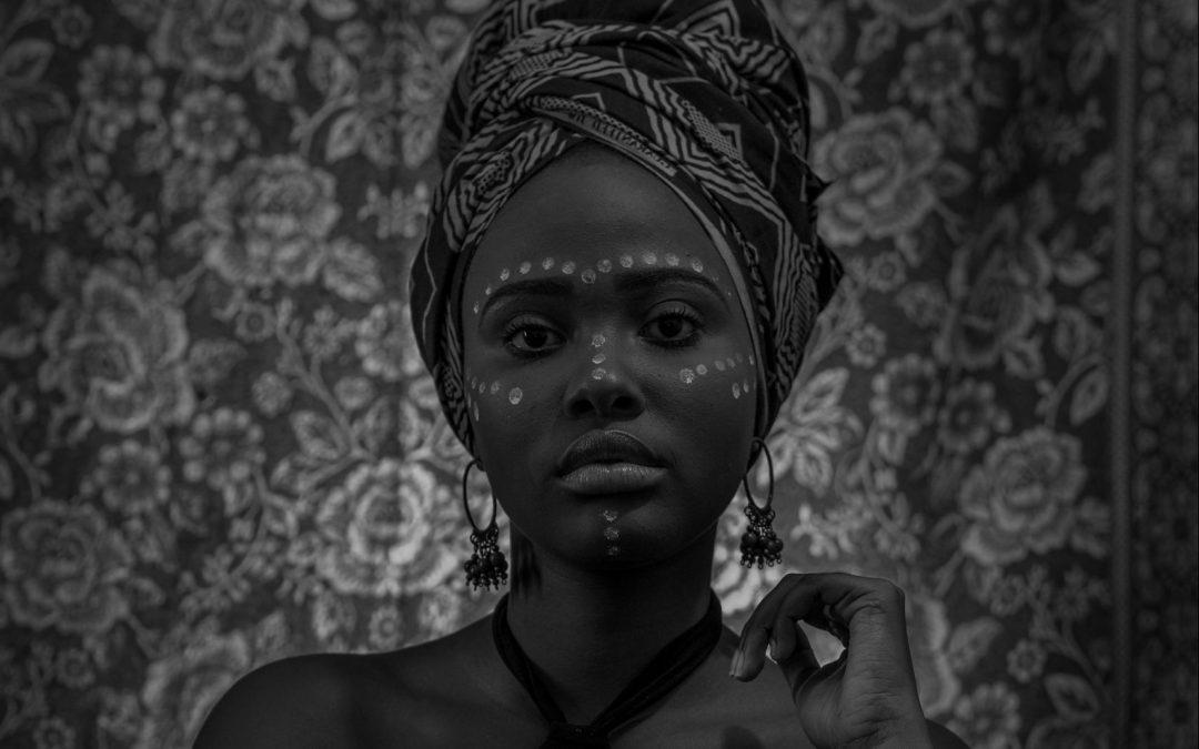 Moda y refugio: la historia de Adut Akech